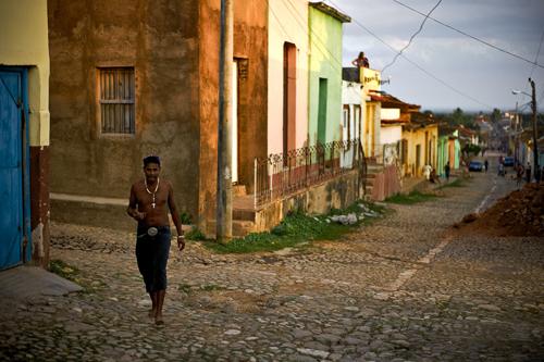 Bakgate i verdensarvbyen Trinidad.