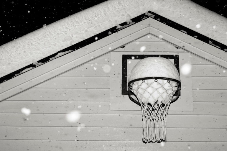snow(basket)ball