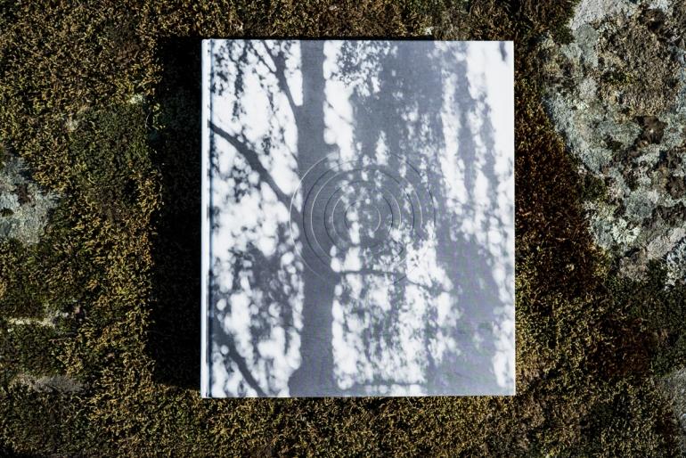 GRINDAKERBOOK-1008655