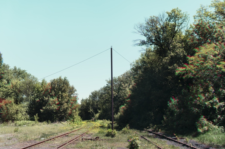 UKRAINE-TRI-TRACKS